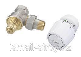 Комплект терморегулятора для однотрубной системы отопления, состоящий из клапана RTR-G и термостата RTR7090