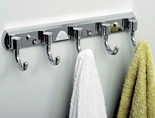 Крючки для ванной комнаты
