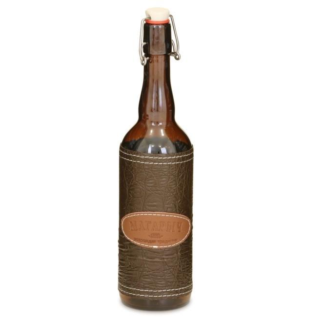 Бутылка 0,5л. в коричневой коже