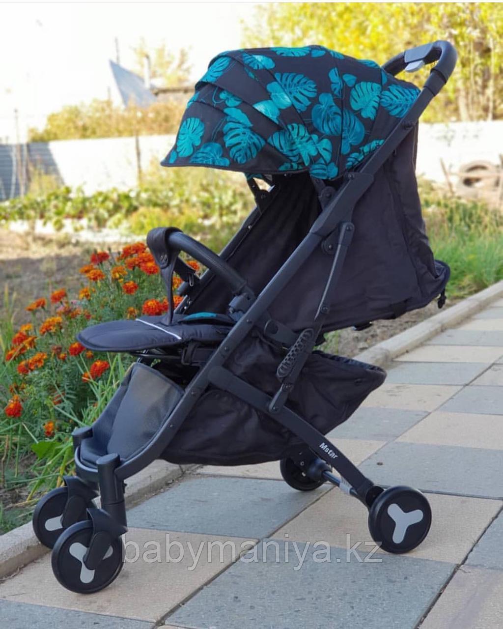 Коляска Mstar (Baby Grace) с чехлом на ножки Лепестки