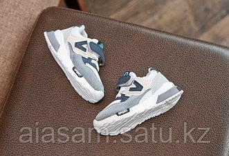 Кроссовки для мальчика и для девочки