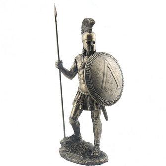 Статуэтки рыцарей и войнов в доспехах