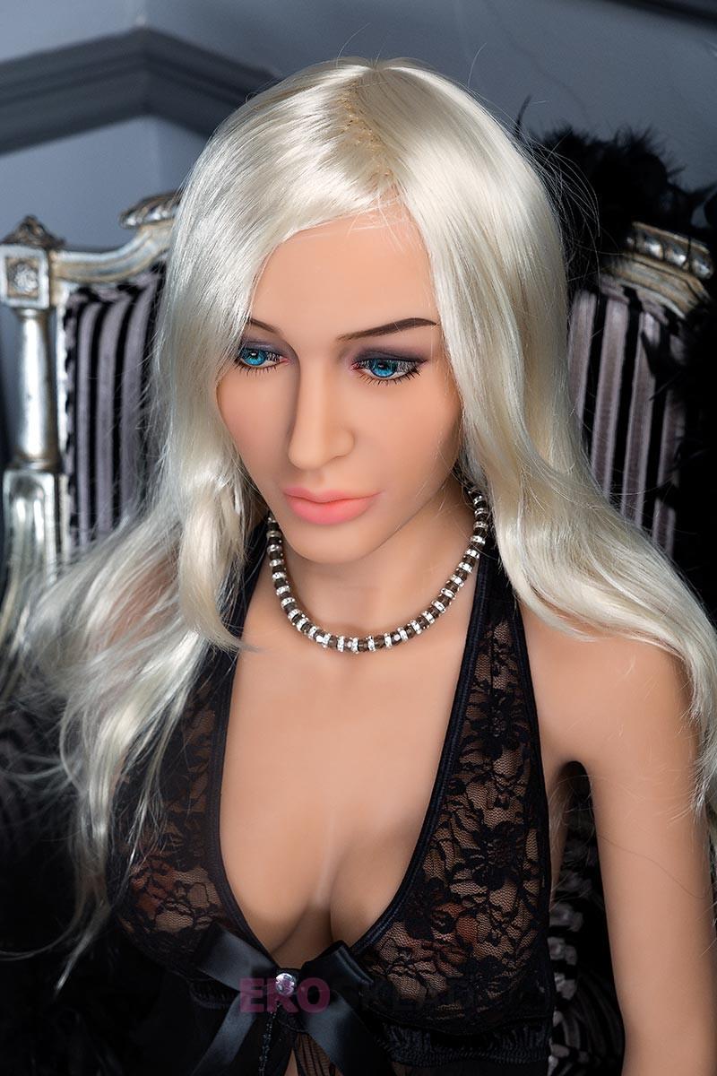 Секс-кукла от xHamster - xHamsterina Vittoria. Премиум-класс, Италия - Idoll