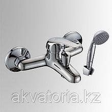 СЛ-ОД-В30 Смеситель для ванны с кор лит изл пер кноп одн В30