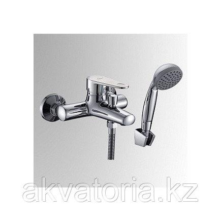 СЛ-ОД-Л30 Смеситель для ванны с корот литым изл однор Л30