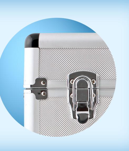 Автохолодильник термоэлектрический EZetil E-20 ALU, Персон: 3, Вместимость: 20 л, Электропитание: 12В DC, Цвет