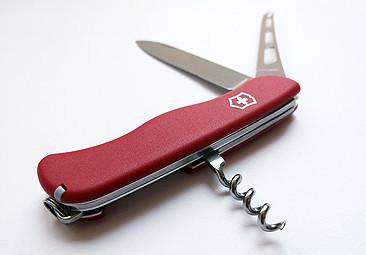 Нож складной армейский Victorinox Cheese Knife, Функционал: Туризм, Кол-во функций: 6 в 1, Цвет: Красный, (0.8