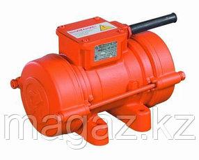 Вибратор площадочный ИВ-11-50 (42В 0,97кВТ 3000об/мин)