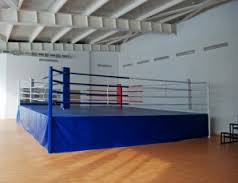 Ринг боксерский с помостом 6,1 х 6,1 помост 0,5м (боевая зона 5м х 5м)