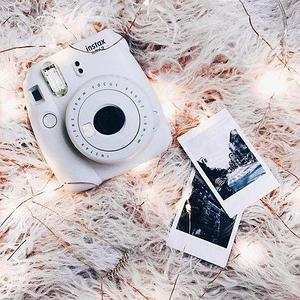 Фотоаппарат моментальной печати Fujifilm Instax Mini 9 (Дымчатый белый)