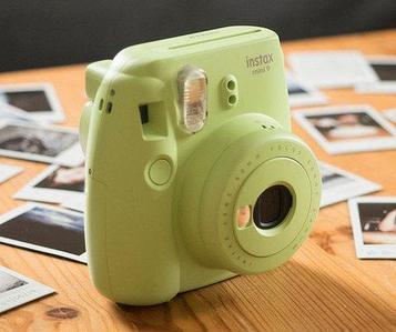 Фотоаппарат моментальной печати Fujifilm Instax Mini 9 (Зелёный лайм)