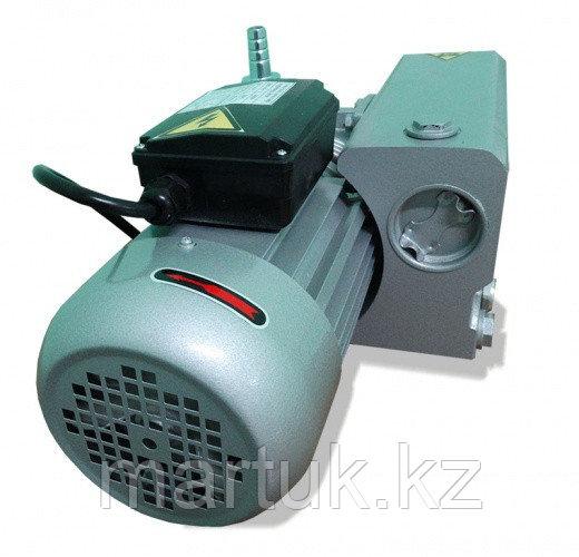 Насос вакуумный пластинчато-роторный одноступенчатый VACANT-10, трехфазный, 220/380В