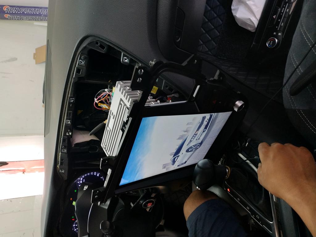 Установка автомагнитолы в стиле Teslaфирмы дск, DSK Для автомобиля Kia Optima 2