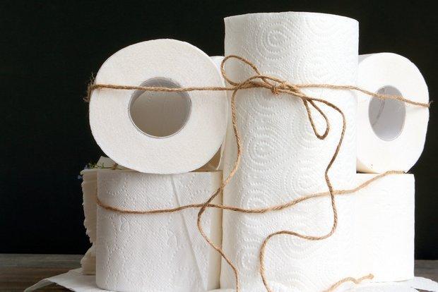 Полотенца бумажные с тиснением двухслойные