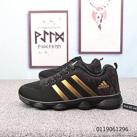 Беговые \ повседневные кроссовки Adidas Marathon TR 26 Black\Gold( Люкс дубликат)