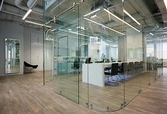 Перегородки для офиса из стекла