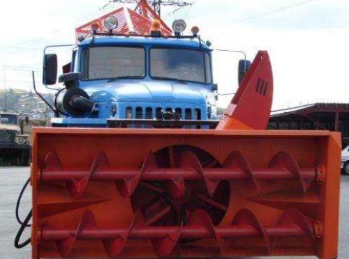 Снегоочиститель шнекороторный на Урал