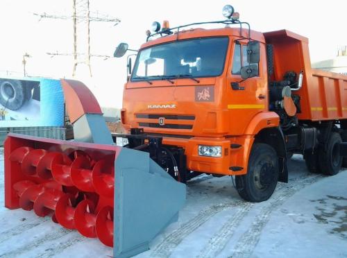 Снегоочиститель шнекороторный на Камаз