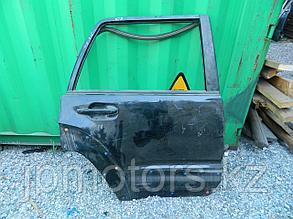 Дверь задняя правая toyota 4runner 215 2003-2009