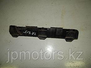 Крепление заднего бампера левое toyota 4runner 215 2003-2009