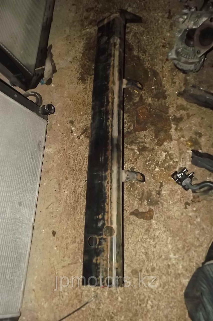Усилитель заднего бампера toyota 4runner 215 2003-2009