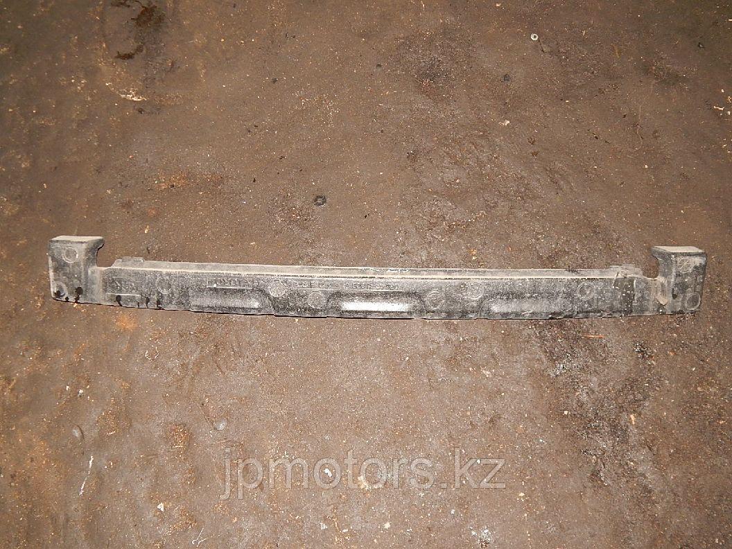 Наполнитель переднего бампера toyota 4runner 215 2003-2009