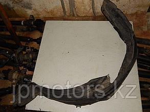 Подкрылок передний левый toyota 4runner 215 2003-2009