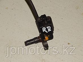 Датчик abs задний правый toyota 4runner 215 2003-2009