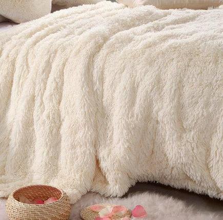 Плед-покрывало с длинным ворсом «Травка» Blumarine (Молочный), фото 2