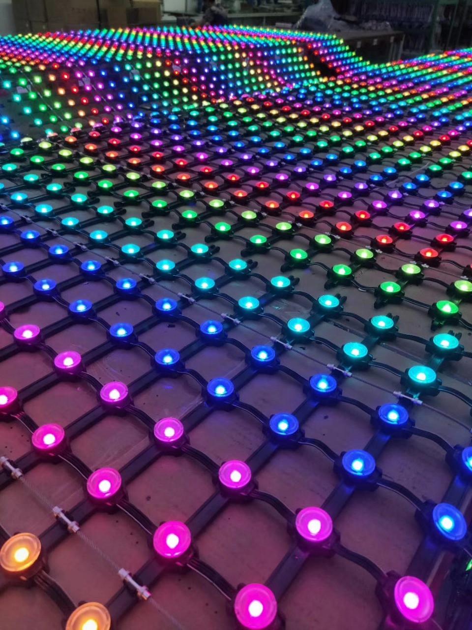 Точечные светильники - 100 пикселей