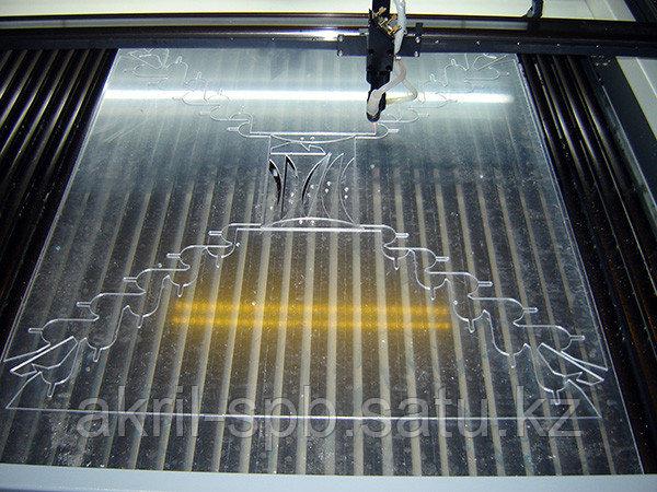 Лазерная резка оргстекла 3 мм