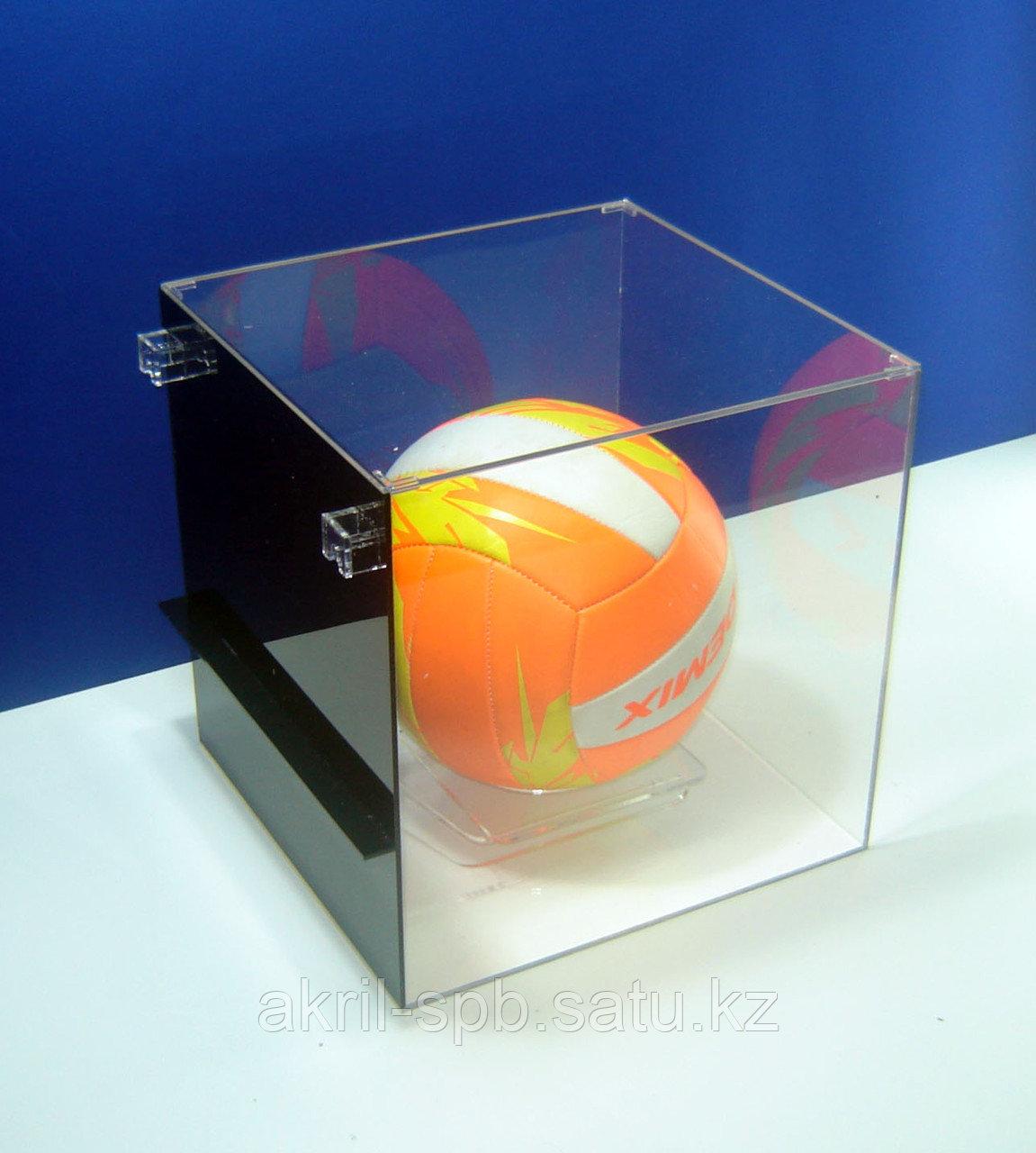 Подставка для мяча настенная