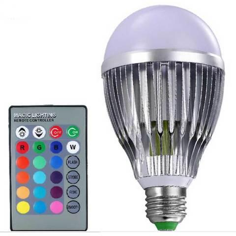 Светодиодная RGB лампа цветная с пультом ДУ 7W E27 MAGIC LIGHTING