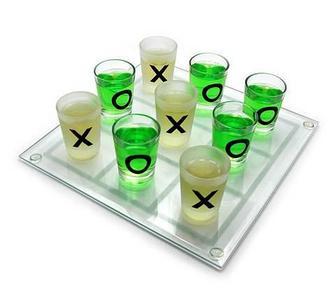 Игра застольная «Пьяные крестики-нолики»
