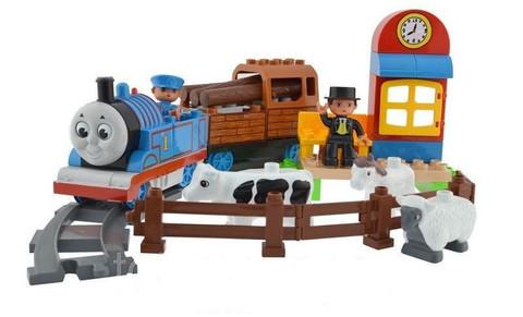 Конструктор с железной дорогой «Томас и его друзья» со звуковыми и световыми эффектами