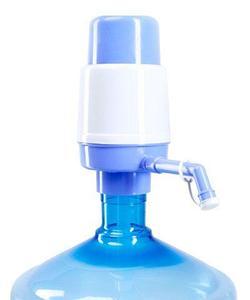 Помпа механическая для 20-литровых бутылей воды LuazON