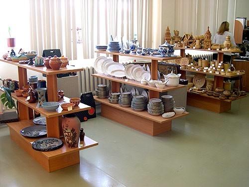 Оборудование для магазинов посуды, сувениров