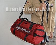 Сумка спортивная дорожная с боковыми карманами и с плечевыми ремнями красная Supreme 47*25*20 см (#8982)