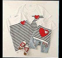 Одинаковые футболки для всей семьи с сердечкой (цена за детскую футболку)