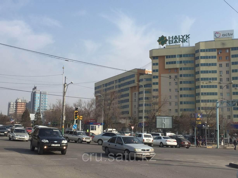 Бульвар Кунаева – проспект Тауке хана