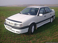 Мухобойка (дефлектор капота) на Volkswagen Passat/Фольксваген Пассат B3 1991-1994, фото 1