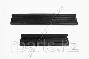 Накладки на внутренние пороги дверей Nissan Terrano 2014-