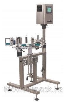 Этикетировочный автомат для нанесения стикерной этикетки на упаковку