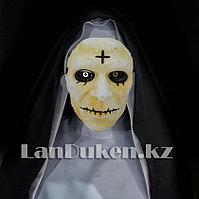 Маска монахини на резинке