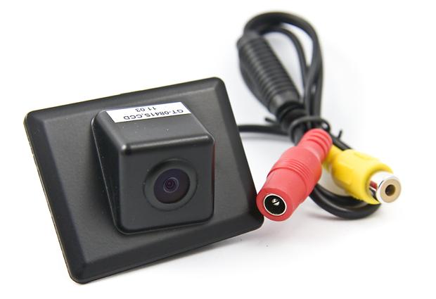 Камера заднего вида Intro VDC-059 для Mercedes C