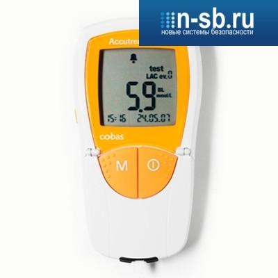Прибор для измерения холестерина и глюкозы Аккутренд Плюс