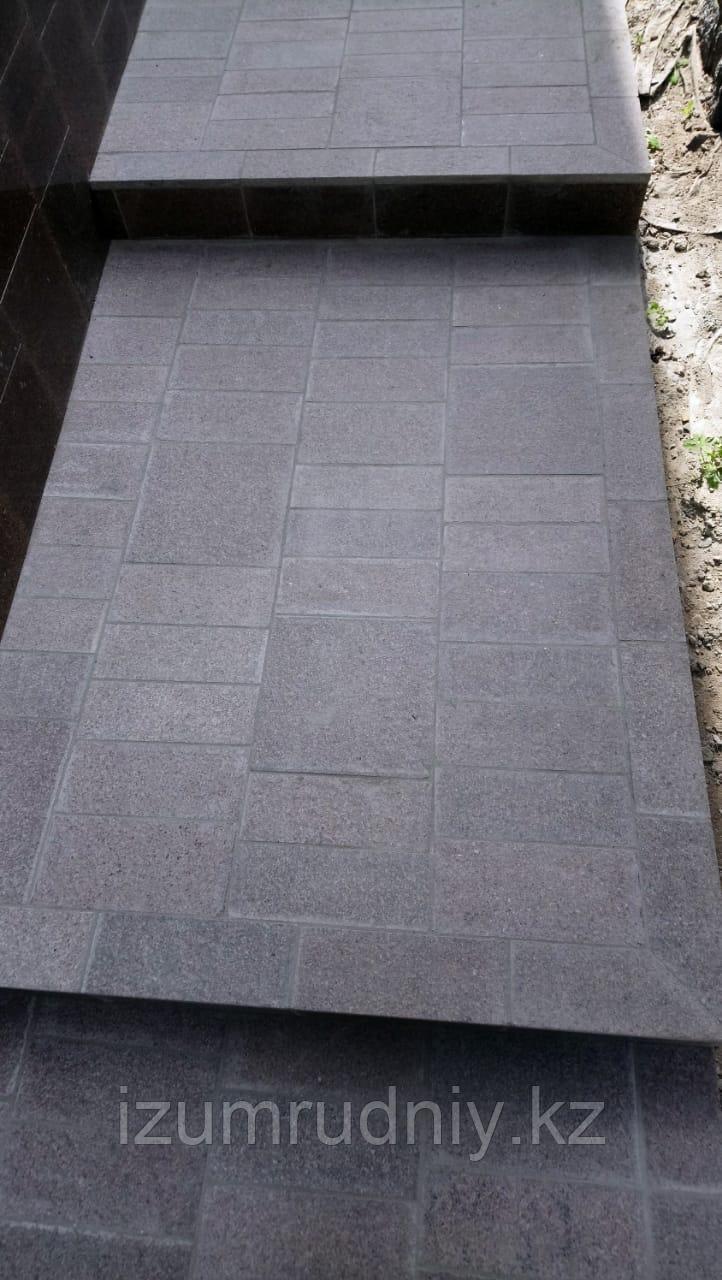 Тротуарная плитка гранитная