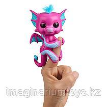 Fingerlings Интерактивный Дракон розовый
