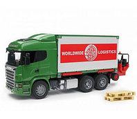 Bruder Фургон Scania с погрузчиком и паллетами