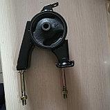 Подушка двигателя задняя (коробки автомат) YARIS 2000-2005, фото 4
